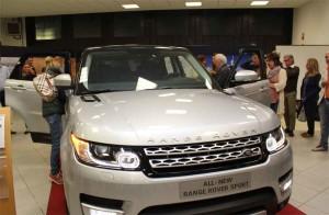 range-rover-sport-auto-aperta